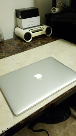 """2014 15"""" Macbook pro 2.8ghz i7, 16gb, 128gb, final cut,office more! for Sale in San Leandro, CA"""