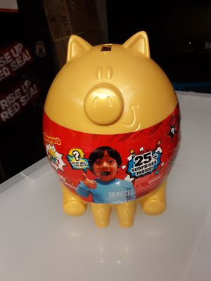 Ryan's World Deluxe Golden Piggy Bank Suprise X 4 $15 ea for Sale in Goodyear, AZ