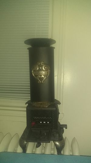Antique wood/gas stove for Sale in Seattle, WA