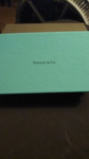 Authentic NEW Tiffany & Co. eyeglasses case for Sale in Long Beach, CA