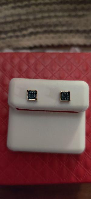 10 karat Gold 18 Diamond Earrings for Sale in Pleasant Hill, IA