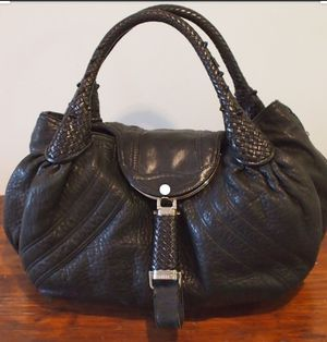 Fendi Spy Black Leather Hobo for Sale in Castro Valley, CA