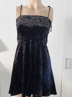 black velvet dress for Sale in Hayward, CA