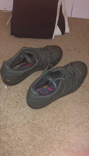 Adidas grey for Sale in Coraopolis, PA
