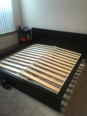 King bed frame for Sale in Austin, TX