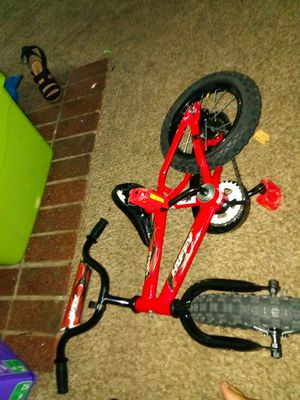 Kids Red Huffy Bike for Sale in Nashville, TN