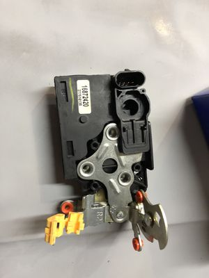 GM right front door lock for Sale in Brighton, CO