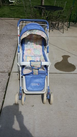 Kolcraftt baby stroller for Sale in Saint Charles, MO