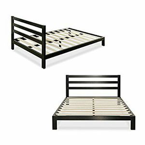 Queen bed frame for Sale in Columbus, OH