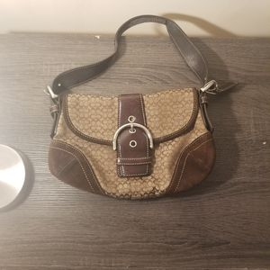 Small Coach purse for Sale in Glenarden, MD
