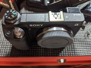 Sony nex-6 mirror less camera body only for Sale in Newark, CA