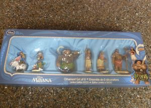 Disney Store Moana Limited Edition Christmas Ornament Set of 6 LE5000. for Sale in Compton, CA