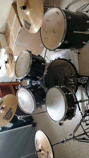 Yamaha drum set selling the whole not for parts for Sale in Coral Gables, FL