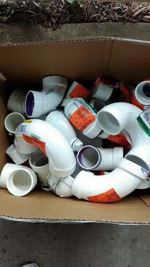 8 boxes of plumbing items store returns 2-3-4 inch mixed for Sale in Hamburg, NY