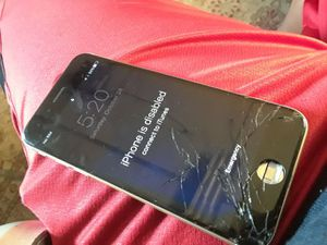 I phone 6o for Sale in Richland, MO