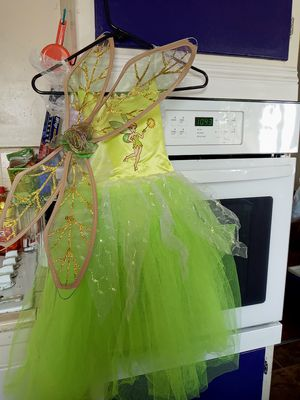 Disney Tinkerbell dress size 4 to 6 for Sale in Whittier, CA