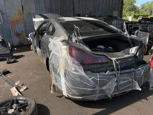 2011 Infiniti G37 Parts Free Pull for Sale in Kissimmee, FL