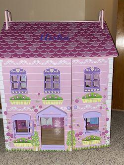 Doll House/girl Desk for Sale in Aurora,  CO