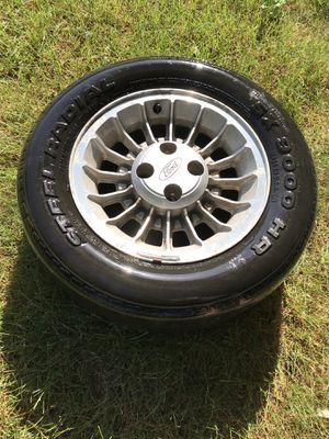 Mustang Rims. for Sale in Grimes, IA