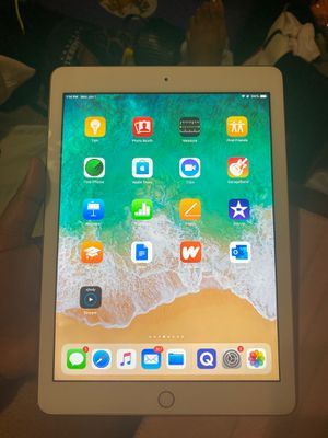 iPad 6th generation for Sale in Silver Spring, MD
