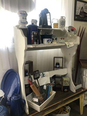 Antique desk for Sale in Auburn, WA