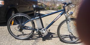 E-Tour electric bike 36v for Sale in Pittsburgh, PA