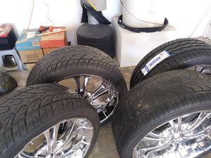 24 inch ford or dodge pattern universal will trade for 24 chevy pattern for Sale in Dallas, TX
