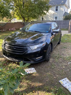 Ford Taurus 2013 Clean title Runs n Drive for Sale in Bay Shore, NY