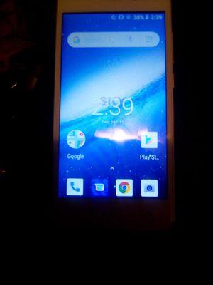Sky platinum E5 Android smartphone for Sale in Juniper Hills, CA