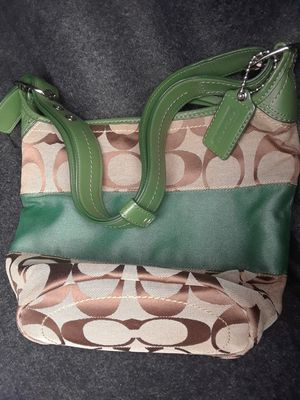 coach purse green, brown, beige for Sale in Kissimmee, FL