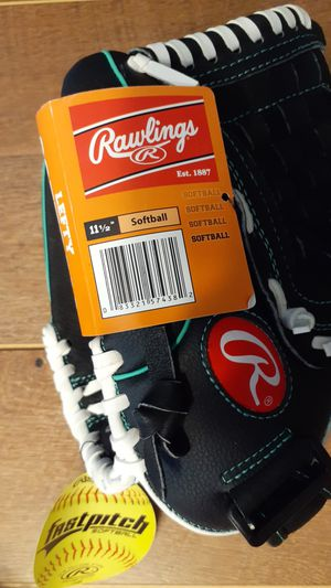 Rawlings Lefty Softball Glove size 11.5 brand Youth for Sale in Kernersville, NC