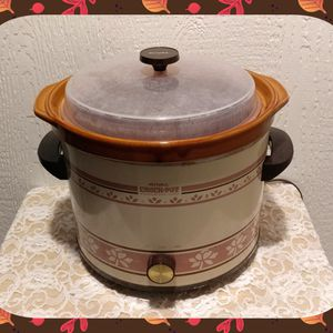 VINTAGE RIVAL CROCK POT for Sale in Ontario, CA