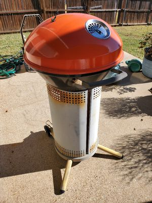 BBQ Charcoal Grill **Zip Code 76120** for Sale in Fort Worth, TX
