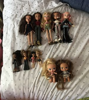 Bratz Bundle for Sale in Pembroke Pines, FL