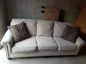 Comfortable Brown couch for Sale in Salt Lake City, UT