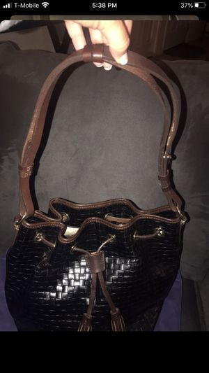 Authentic dooney & Bourke satchel bag with mini mag inside for Sale in Canyon Lake, CA