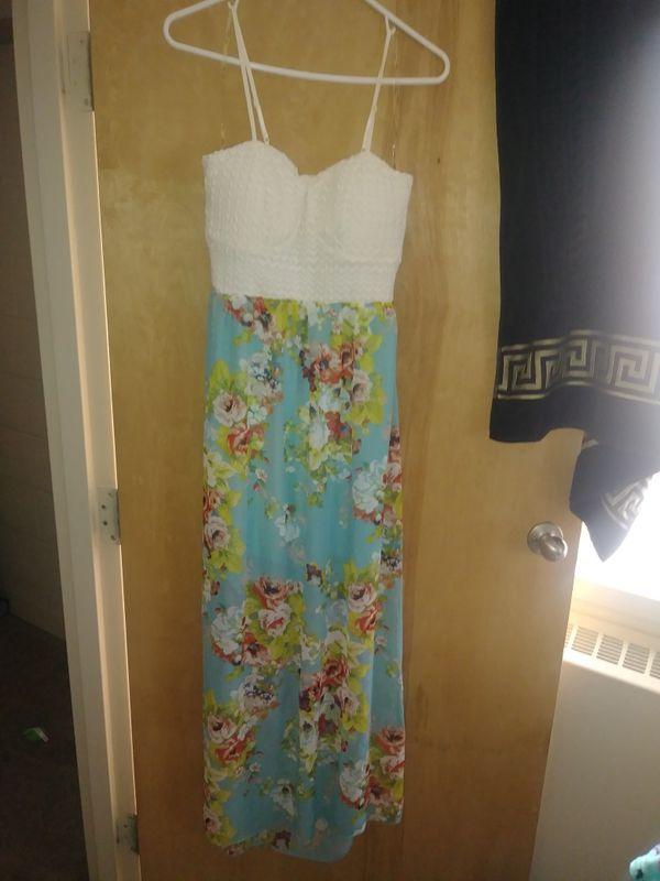 Really Cute Dress Never Worn
