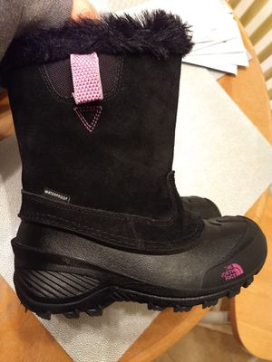 Euc- little girls North Face insulated snow boots for Sale in Monroe, NC