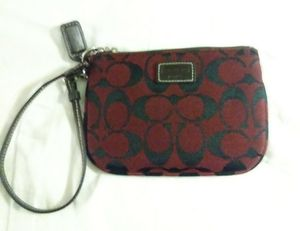 New Coach Wristlet for Sale in Philadelphia, PA