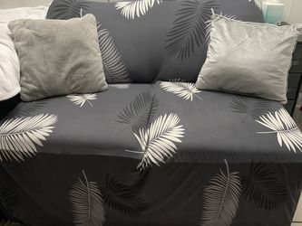 Small couch for Sale in Las Vegas,  NV