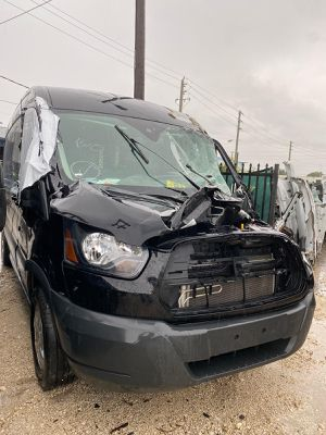Ford transit 150 250 wheel rim aluminum wheels tire parts parting out and Mercedes sprinter 2500 promaster 1500 for Sale in Hialeah, FL