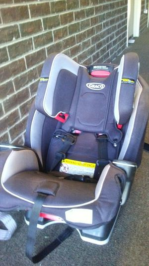 Graco car seat 10 position for Sale in Willingboro, NJ