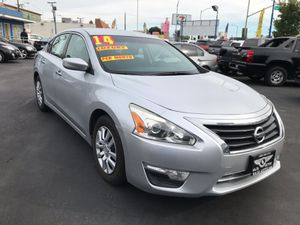 Nissan Altima 2014 for Sale in Los Angeles, CA