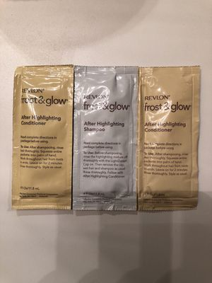 Free Revlon Frost and Glow shampoo/conditioner samples with purchase of anything else I'm selling for Sale in Seattle, WA