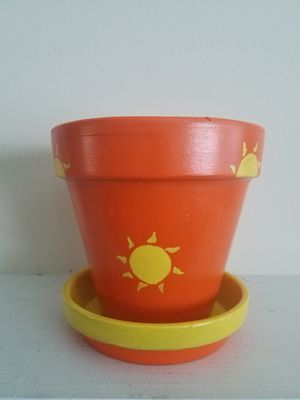 Santa Fe Sun Flower pot for Sale in Atlanta, GA