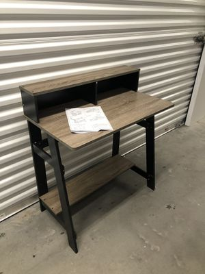 Computer table /office desk 32x18 for Sale in Las Vegas, NV