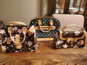 Inauthenticated Louis Vuitton handbags for Sale in Germantown, MD