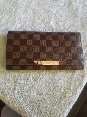 Louis Vuitton clutch bag for Sale in Palmdale, CA