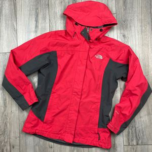 North Face Hyvent ski jacket* Dark Pink* womens medium for Sale in Spokane, WA