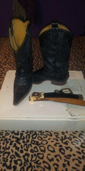 Botas originales de cocodrilo con cinto for Sale in Dallas, TX